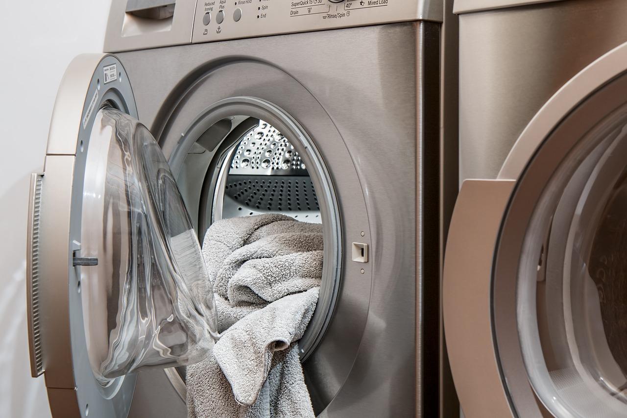 Katastrofalne pranie - co zrobić, gdy pranie zostało zafarbowane?