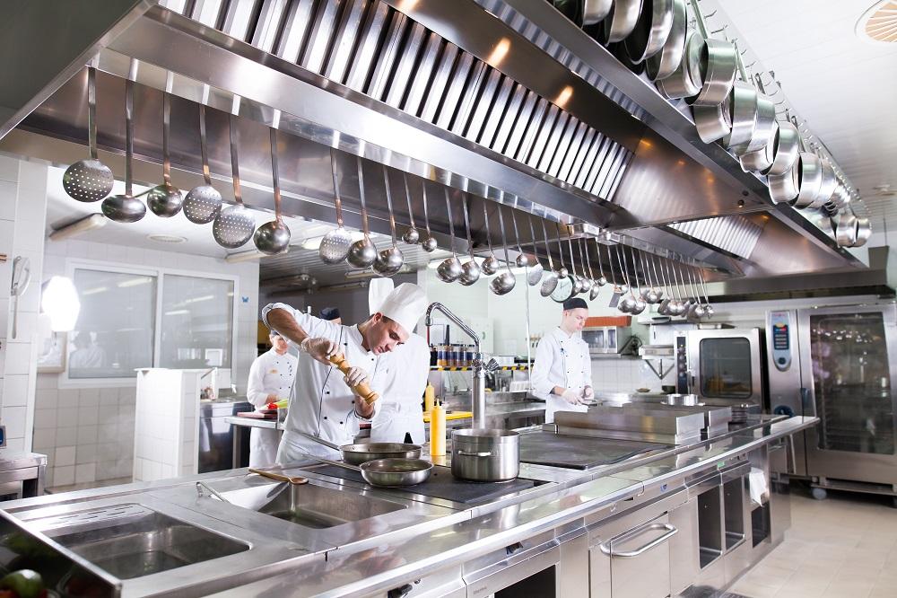 Wyposazenie Kuchni W Restauracji Hotelowej Must Have Panidomu24 Pl
